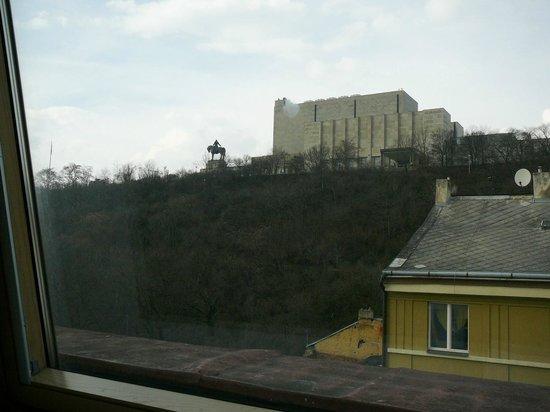City Partner Hotel Gloria: Вид из окна последнего этажа