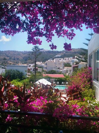 Skala Hotel: view during the day:)