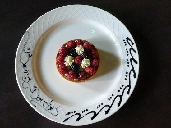 Les Bains douches : Tartelette aux fruits rouges de saison