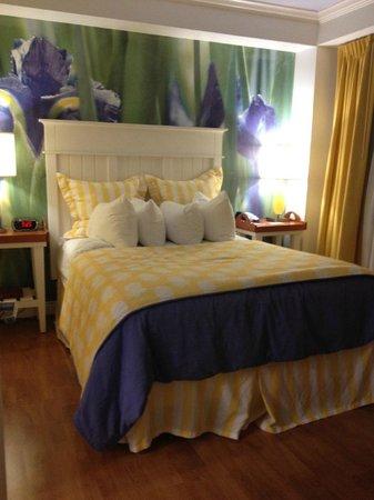 Hotel Indigo Dallas Downtown: Adorable Room