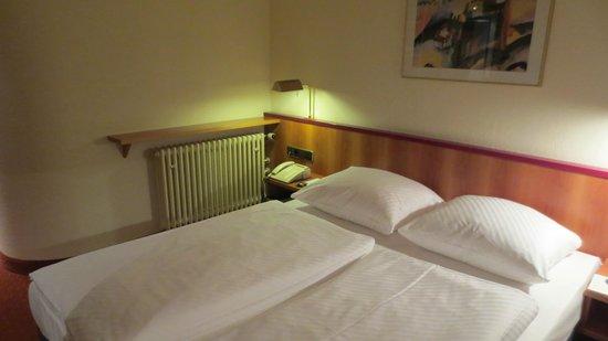 BEST WESTERN Hotel Am Schlossberg: camera hotel
