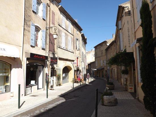 Café Gaby: The main street