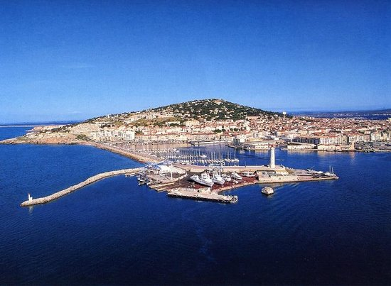 Prowinetour Day Tours: wine and food tour in Sète