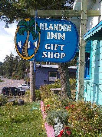 Islander Inn: Entrance