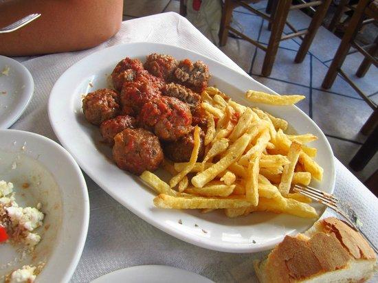 Maro's Taverna: Polpette e patatine fritte