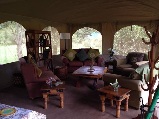 Rekero Camp, Asilia Africa : The gathering room