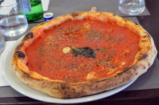 D'Angeli: marinara pizza