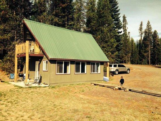 Lemolo Lake Resort: The Boat house\ Cabin 11
