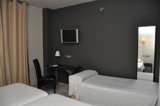 Hotel Dona Carmela : Habitación triple