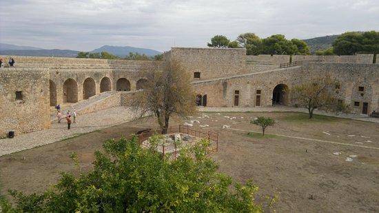 Pylos, Grécia: interno