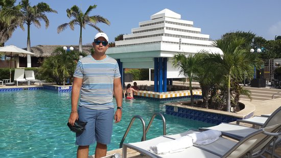 Brickell Bay Beach Club & Spa: piscina del hotel