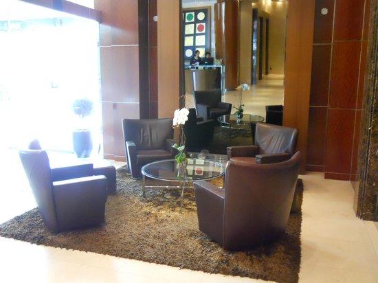 SoHo Metropolitan: Hotel Lobby