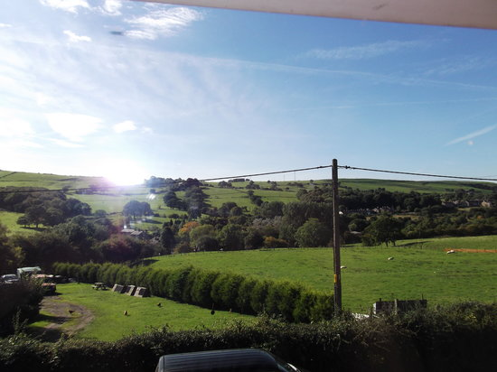 The Woodlands: Room with a view of the debyshire countryside