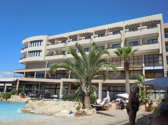 Atlantica Golden Beach Hotel : main hotel above pool