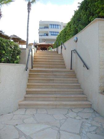 Atlantica Golden Beach Hotel: steps down to beach/bar/restaurant