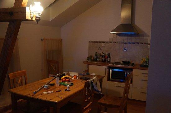 Rigaapartment Gertruda: kitchen area