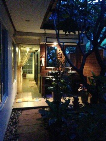 Tavee Guest House: sanitaires communs