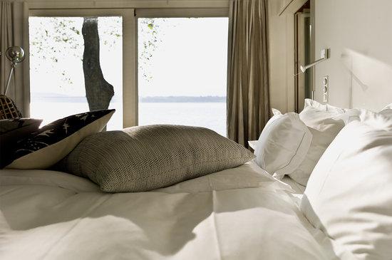 La Pinte du Vieux Manoir: Master-Bedroom Seehauses