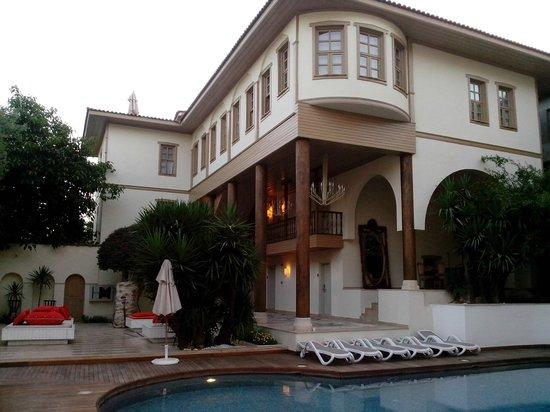 ปูดิงมารีนาเรสซิเดนซ์: Внутренний двор