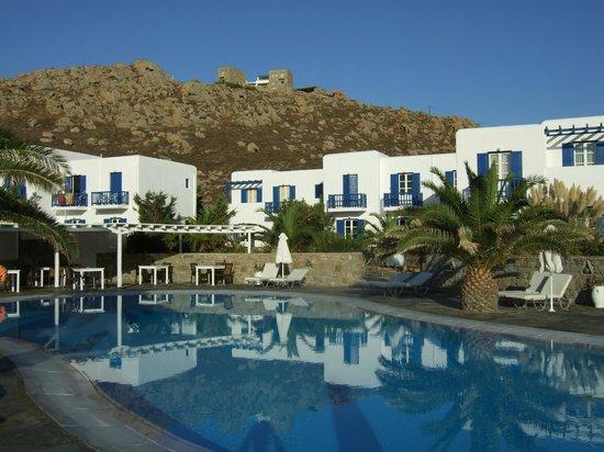 Sunrise Hotel and Suites: Sunrise Hotel Agrari Beach Mykonos