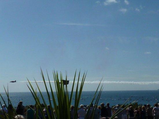 Hotel Miramar: Watching air display - planes at eye level!