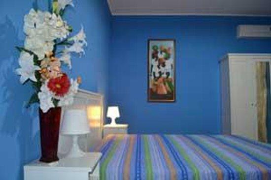 Camera da letto azzurra - Foto di B&B Le Camere dell\'Arcobaleno ...