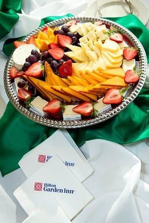 Hilton Garden Inn Nashville/Vanderbilt: Cheese Display