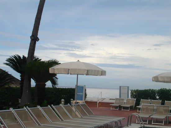 Buenaventura Grand Hotel & Great Moments All Inclusive: Alberca superior.
