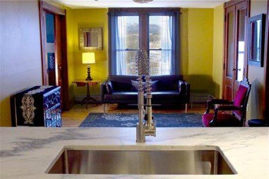 Mt. Philo Inn : West Wing kitchen