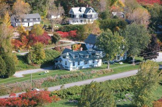 Charlotte, VT : aerial view of the Inn