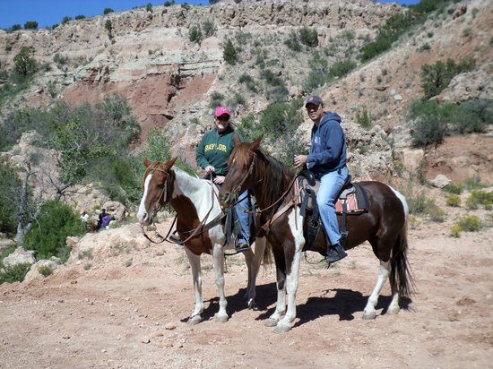 Palo Duro Riding Stables : Mookie and Sissy