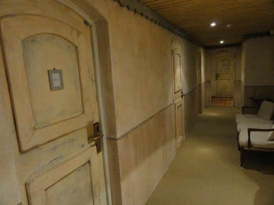 Moulin de Lourmarin: Corredores pros quartos
