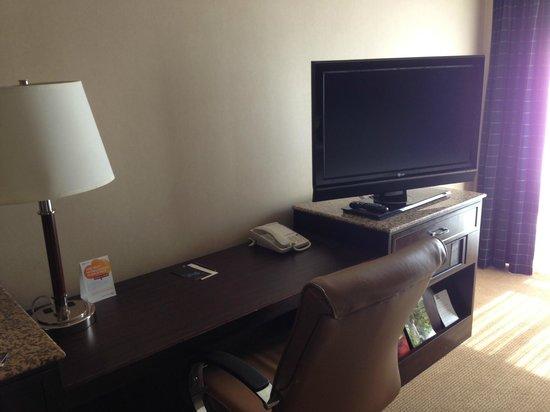 Sheraton Albuquerque Uptown: Desk