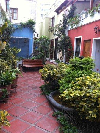 Hostal El Patio: Main floor