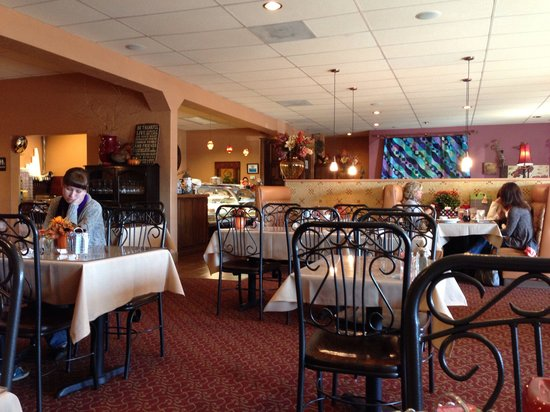 Nibbley's: Very nice decor.  An enjoyable dining atmosphere.