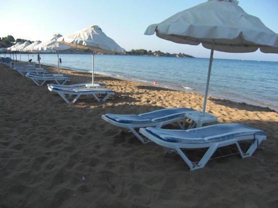 Melfe Villas: main beach, 10 min walk from melfe villa