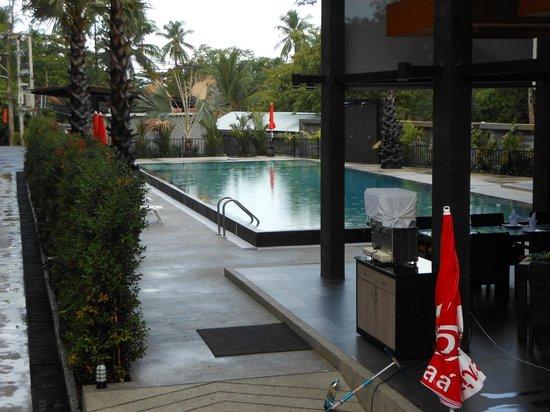 Chaweng Noi Pool Villa: Территория отеля