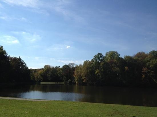 Eagle Creek Park: Lilly Lake