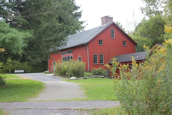 Pleasant Valley Sanctuary: The barn at Pleasant Valley