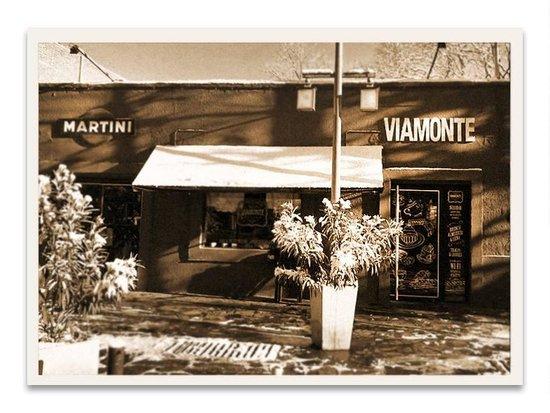 Viamonte Restaurante: con nieve frente a la plaza