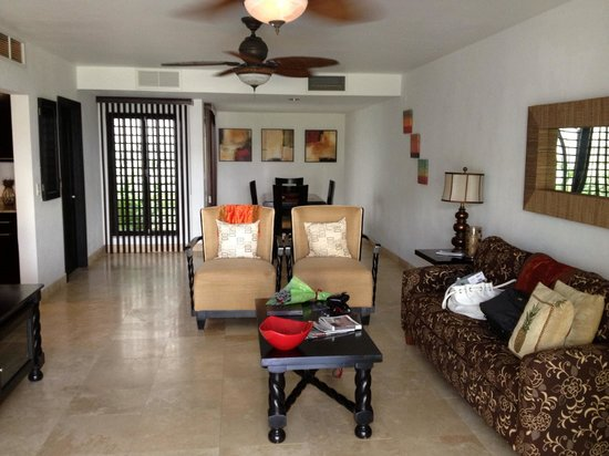 Las Terrazas Resort: Our beautiful accomodations upon entry...the offending rose sitting innocently on the coffee tab