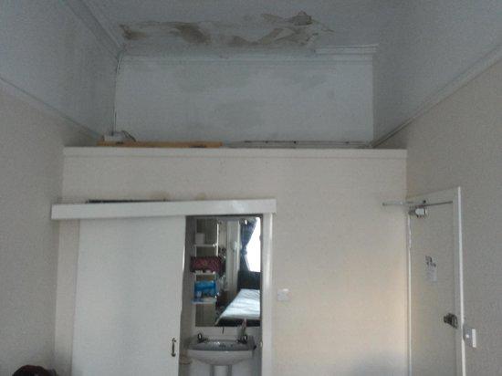 Argyll Western Hotel : lomond bagno e soffitto