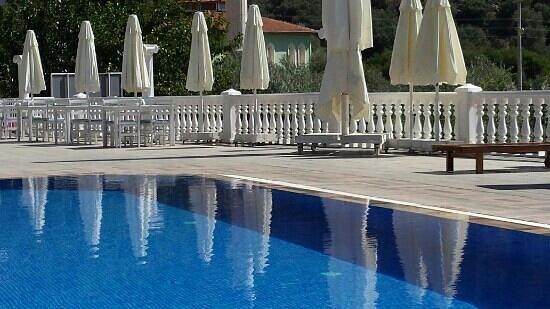 Hotel Morina: the pool