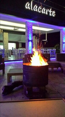Morina Deluxe Hotel: Cosy log fires