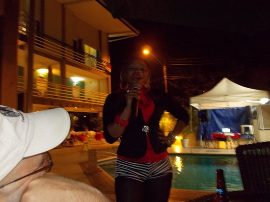 Trade Winds Hotel : Entertainment at the Tradwinds