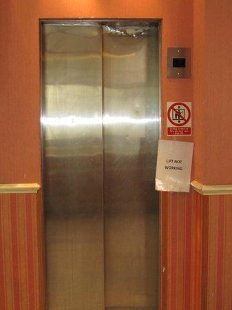 Alexandra Hotel: The fake lift