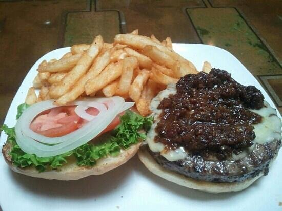 The Historic Mint Restaurant and Ale House: bacon jam burger