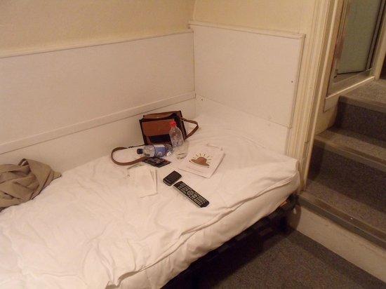 Lincoln House Hotel: divano letto