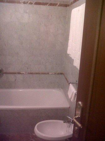 Hotel Villa Stanley: bagno