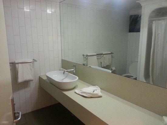Kings Canyon Resort: Il bagno